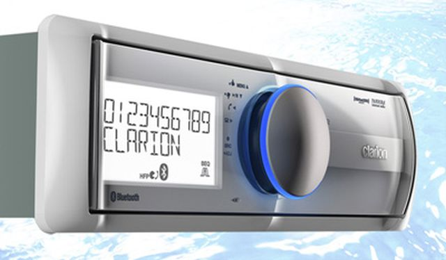 Clarion - Radio Simple Din Marine